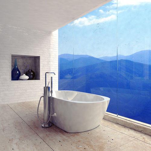 Bathtub Installation Overlooking Blue Mountains